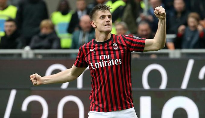 37e685258 Serie A: Krzysztof Piątek strzelił przełomowego gola. AC Milan pokonał  Frosinone