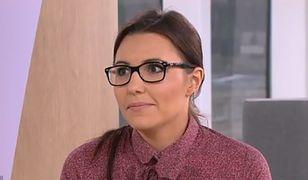 Karolina Piasecka pracuje jako farmaceutka i zajmuje się wychowaniem córek.