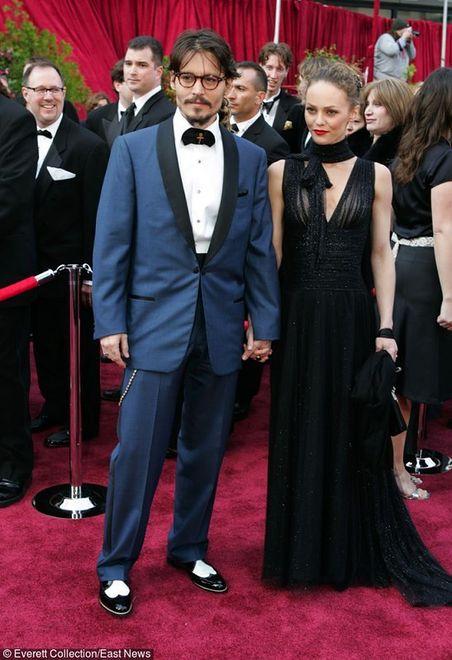 Moda męska: Jakie buty wybrać do garnituru?