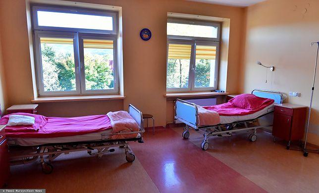 Mapa szpitali, w których zamknięto lub zawieszono działanie oddziałów