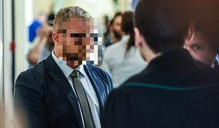 Został skazany za znęcanie się nad żoną. Rafał P. wciąż jest na wolności