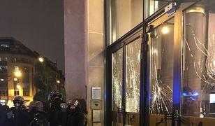 """Polakowi odwołano zaręczynową kolację w Paryżu. Przerażona obsługa umieściła go w """"schronie"""""""