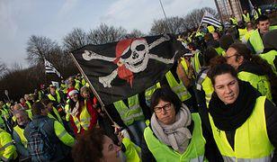 """Ambasada RP w Paryżu ostrzega przed protestem. """"Żółte kamizelki"""" znów wyjdą na ulice"""