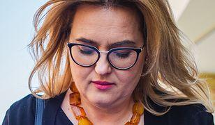 Magdalena Adamowicz próbuje przemówić do ludzi głosujących na Krzysztofa Bosaka
