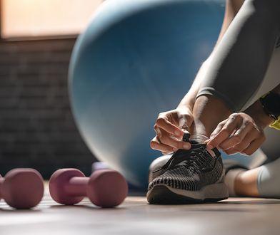 Siłownie i kluby fitness są otwarte. Jak teraz wyglądają ćwiczenia?