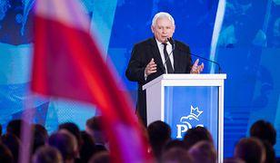 Jarosław Kaczyński nie jest już prezesem PiS? Znaleźli lukę w statucie partii. Mamy odpowiedź
