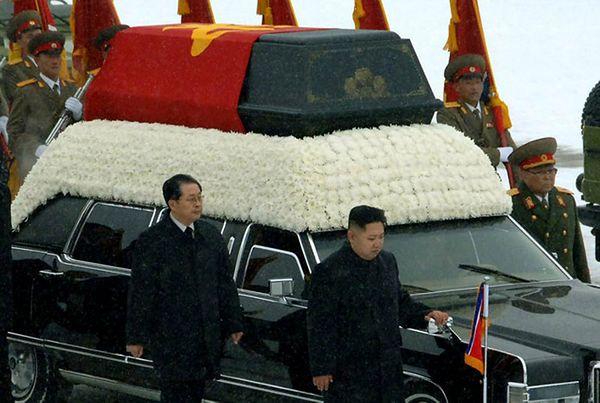 Media Korei Płd.: wpływowy wuj przywódcy Korei Płn. odwołany ze stanowiska