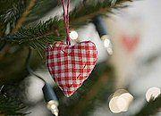 Trudno wyobrazić sobie Boże Narodzenie bez choinki