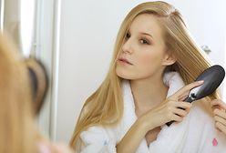 Jak szybko rosną włosy? Poznaj czynniki wpływające na zaburzenia porostu