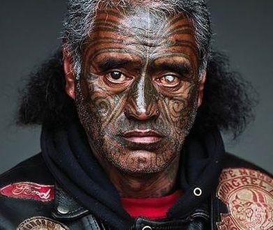 Portrety członków nowozelandzkiego gangu Mongrel Mob