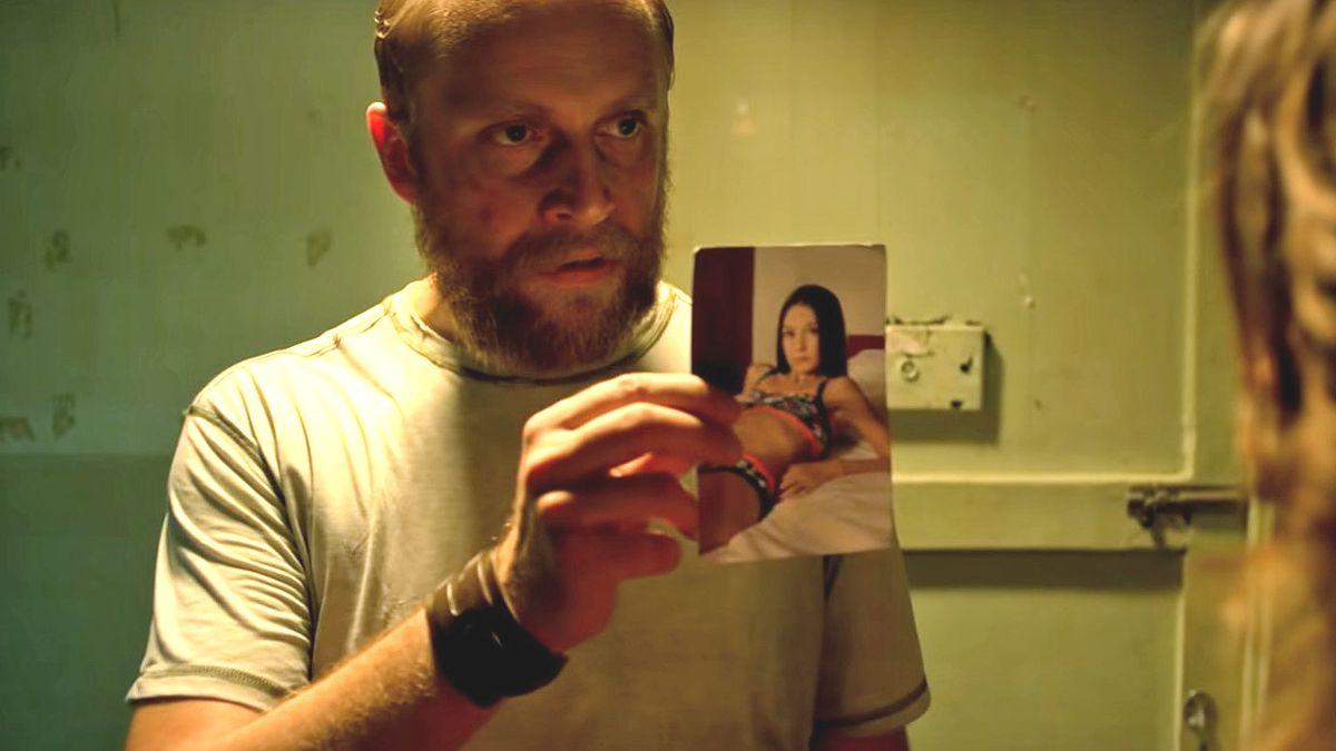 """Piotr Adamczyk gra główną rolę w """"Small World"""""""