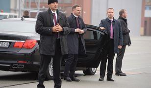 Nowe limuzyny dla polityków. Zastąpią auta rozbite na drogach