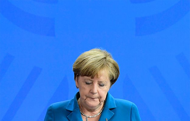 Znaczący spadek poparcia dla Angeli Merkel po fali zamachów w Niemczech