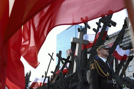 Obchody 78. rocznicy napaści ZSRR na Polskę. Przypomną biografie Bodo, Ordonówny, Warsa
