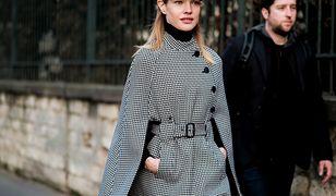 Rosyjska modelka wśród gości pokazu haute couture Diora