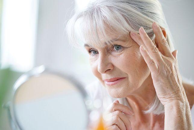 Jak dbać o piękno po 40. roku życia? Makijaż dla kobiety dojrzałej okiem eksperta