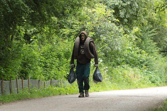 Marcin Lanc codziennie sprząta lasy