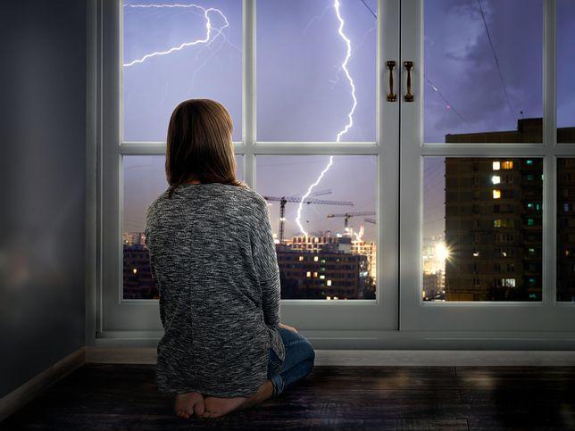 Pogoda – gdzie jest burza, grad i deszcz w poniedziałek 19 sierpnia? Zapoznaj się z prognozą pogody i sprawdź, dla jakich regionów IMGW wydał ostrzeżenia
