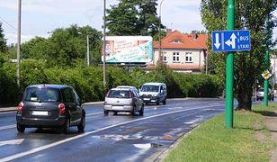 W Poznaniu jest ulica z buspasem, po którym nie kursują żadne linie autobusowe