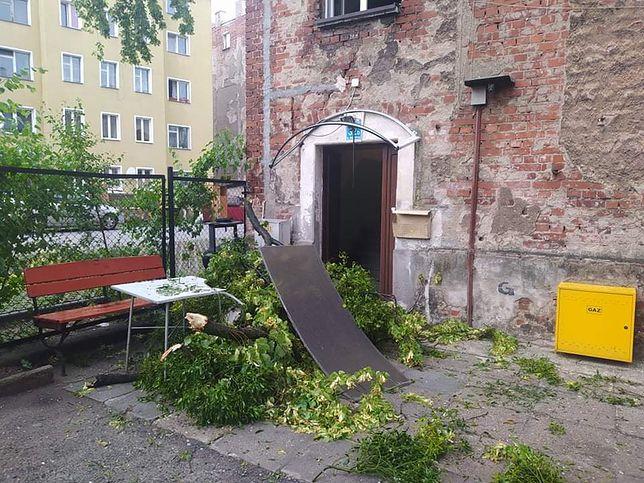 W działaniach ratowniczych brało udział 171 zastępów (fot. KWPSP Opole)