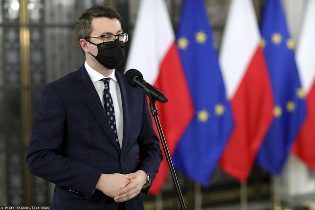 Piotr Mueller: masowe szczepienia od maja