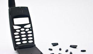 Serwis odpowiada za utracone dane w komórce!
