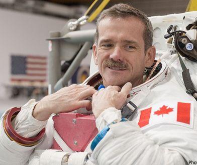 """""""Gdy znaleźliśmy się w stanie nieważkości, wszyscy zaczęli się śmiać"""". Astronauta Chris Hadfield w rozmowie z WP"""