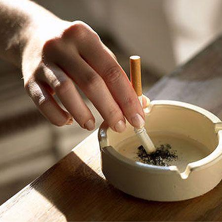 Kolejny kraj wprowadził zakaz palenia w barach