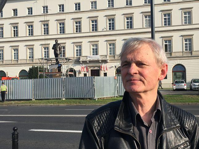 Stanisław Szwechowicz, współautor rzeźby Lecha Kaczyńskiego na pl. Piłsudskiego