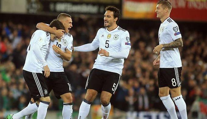 5b295ede2 El. MŚ 2018: pokaz siły Niemców w meczu na szczycie i awans na ...
