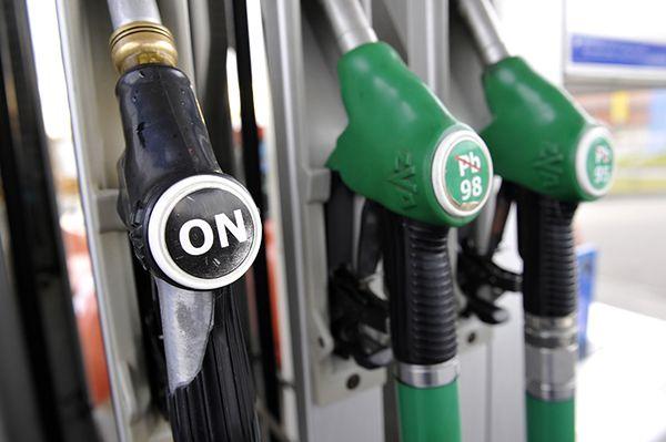 Awaria kolejnej polskiej rafinerii w Czechach - wzrosną ceny paliw?