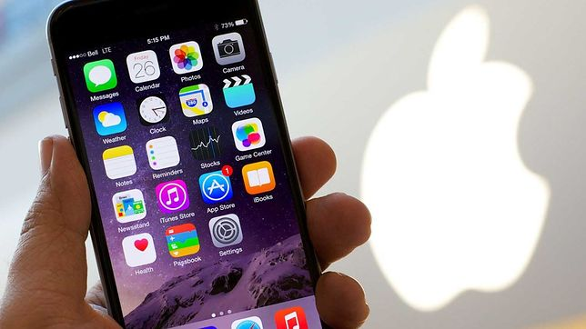 iPhone 8 z ekranem OLED