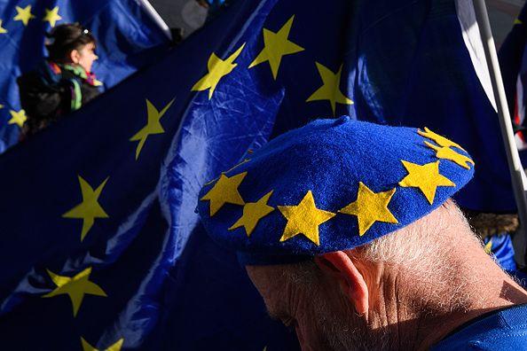Wskutek wyjścia Wlk. Brytanii z UE wszyscy obywatele Unii będą musieli dopełnić nowej formalności