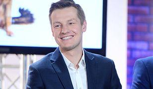 Rafał Mroczek wypoczywa nad Bałtykiem. Pokazał, gdzie się wybrał