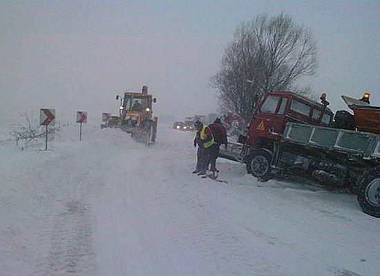 Coraz gorsze warunki na drogach - śnieg i gołoledź