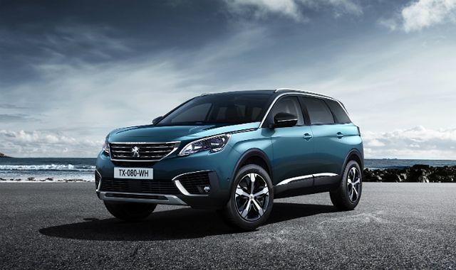 Nowa generacja Peugeota 5008 jest SUV-em