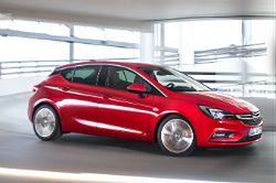 Opel Astra z fabryki w Gliwicach zdobywa tytuł Samochodu Roku 2016