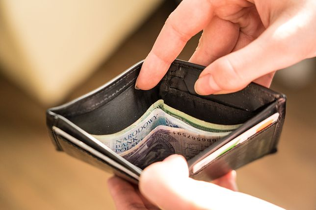 Ilu Polaków spłaca za wysokie raty? Kluczowy jeden wskaźnik