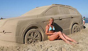 Samochód złodziejem... plażowego piasku!