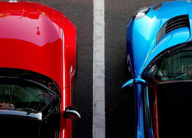 Dwa samochody
