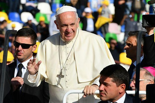 Papież odprawił mszę w Tbilisi. Prawosławna delegacja zignorowała go