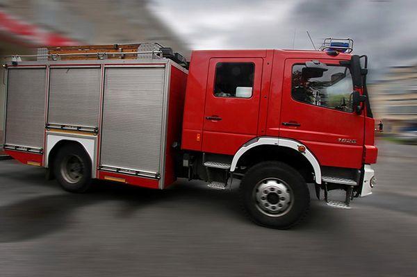 Pożar mieszkania w Kamiennej Górze. Nie żyją dwie osoby