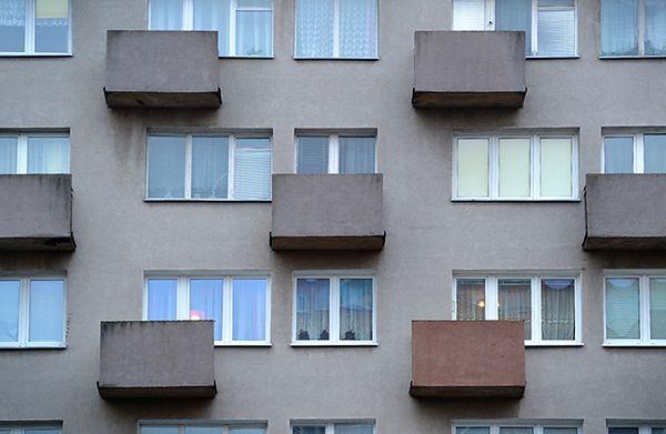 Raport: Polacy mieszkają w zbyt małych mieszkaniach