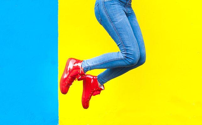 Kobiece sneakersy. Wygodne buty na codzienne wyzwania