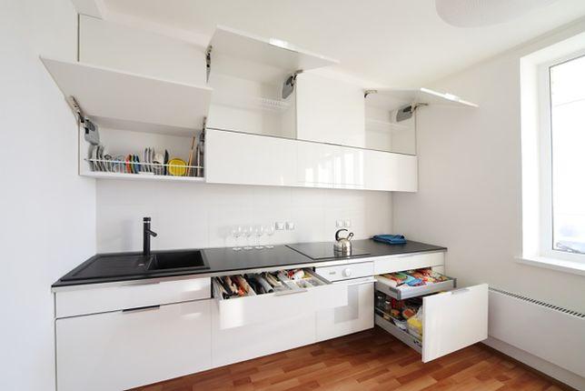 Przechowywanie w małej kuchni: sprawdzone pomysły