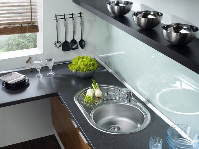 Praktyczna kuchnia: odległości