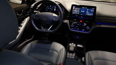Hyundai Ioniq Electric: System zarządzania energią i audio Infinity
