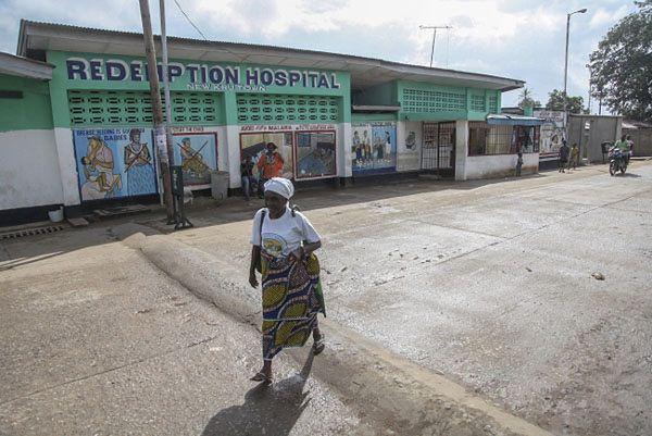 Ebola znów zabija - reaktywacja śmiercionośnego wirusa