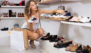 Walcz o każdy centymetr za pomocą odpowiednich butów - koturny hitem jesieni