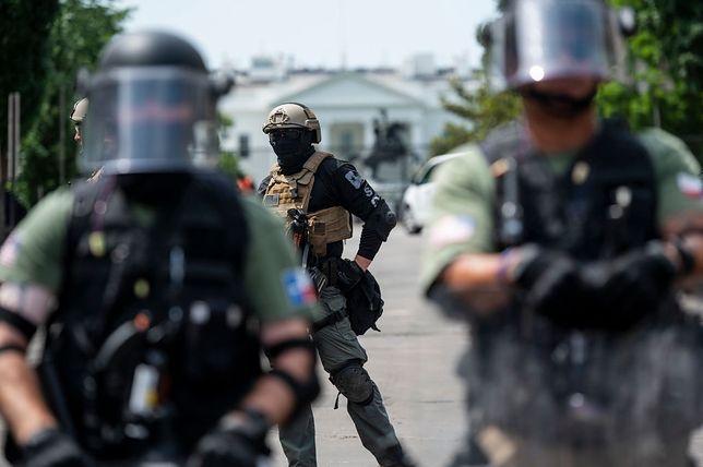 Policjant postrzelony podczas protestów w USA. Walczy o życie